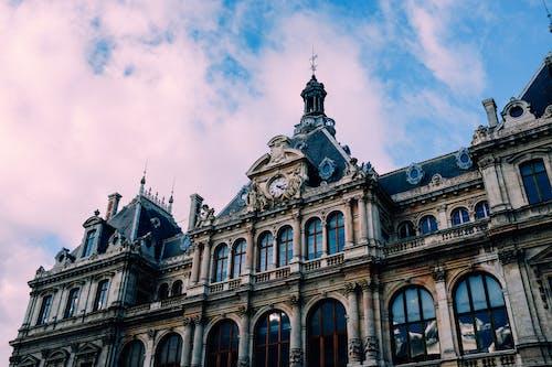 Kostnadsfri bild av administrering, arkitektonisk design, barock, blå himmel