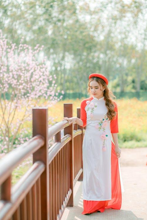 亞洲女孩, 光鮮亮麗, 可愛, 可愛的 的 免费素材图片