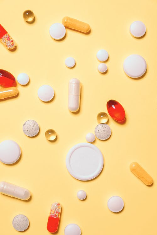 Kırmızı Ve Beyaz İlaç Hapları