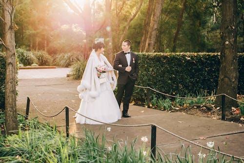 Free stock photo of Asian bride, bridal dress, Bride and Groom, luxury wedding