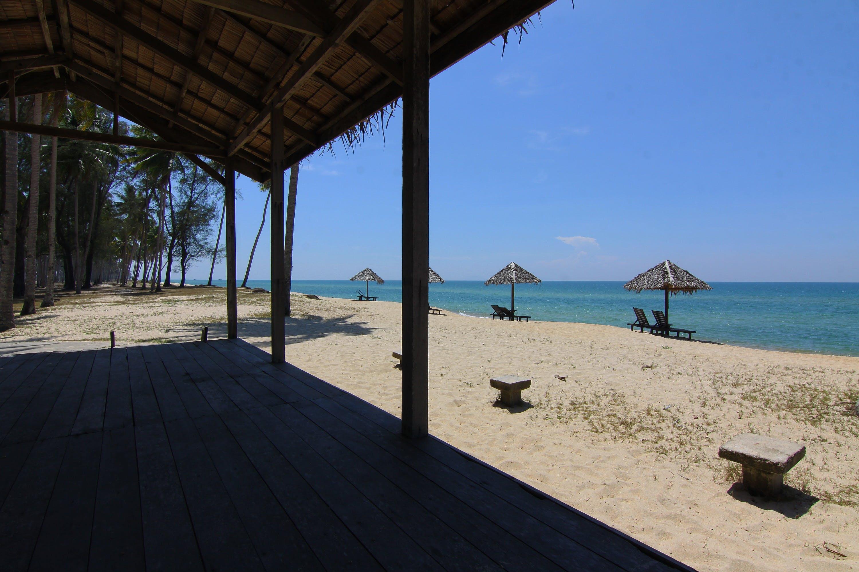 beach, beach chairs, beach hut