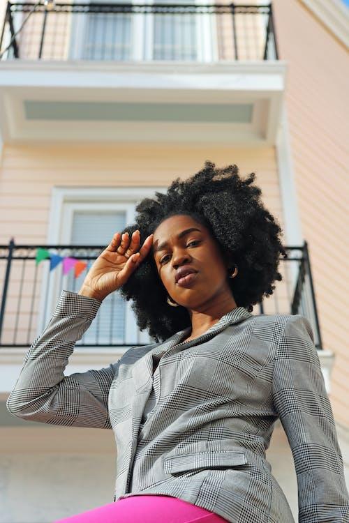 Kostenloses Stock Foto zu afrikanisch, afro, afro-haar, afroamerikanisches mädchen