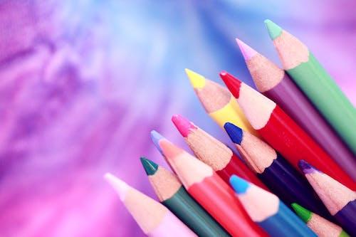Gratis arkivbilde med bakgrunn, bakgrunnsbilde, barnehage, blyanter