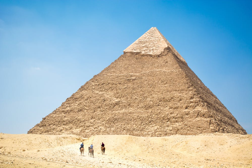 A picture of the great pyramids of giza