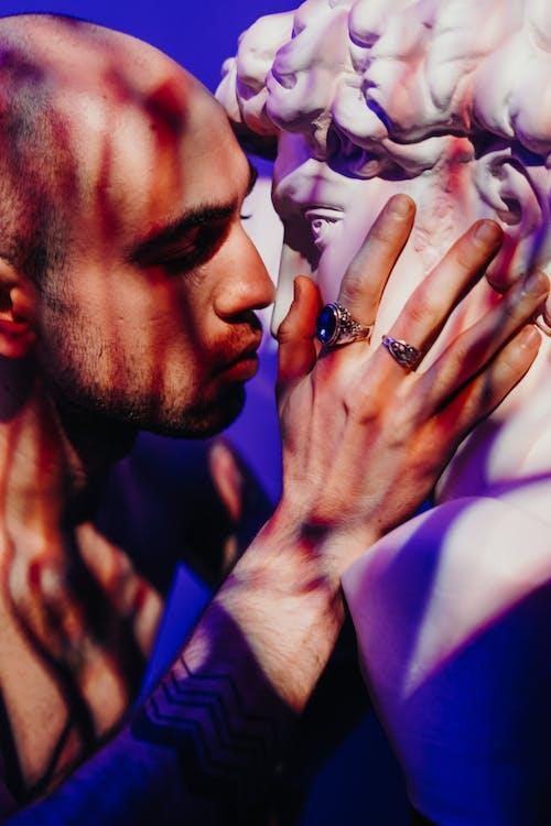 Ingyenes stockfotó arckifejezés, becsukott szemek, csók, csókolózás témában
