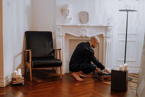 Photos gratuites de bougies, chaise, chez-soi, contemporain