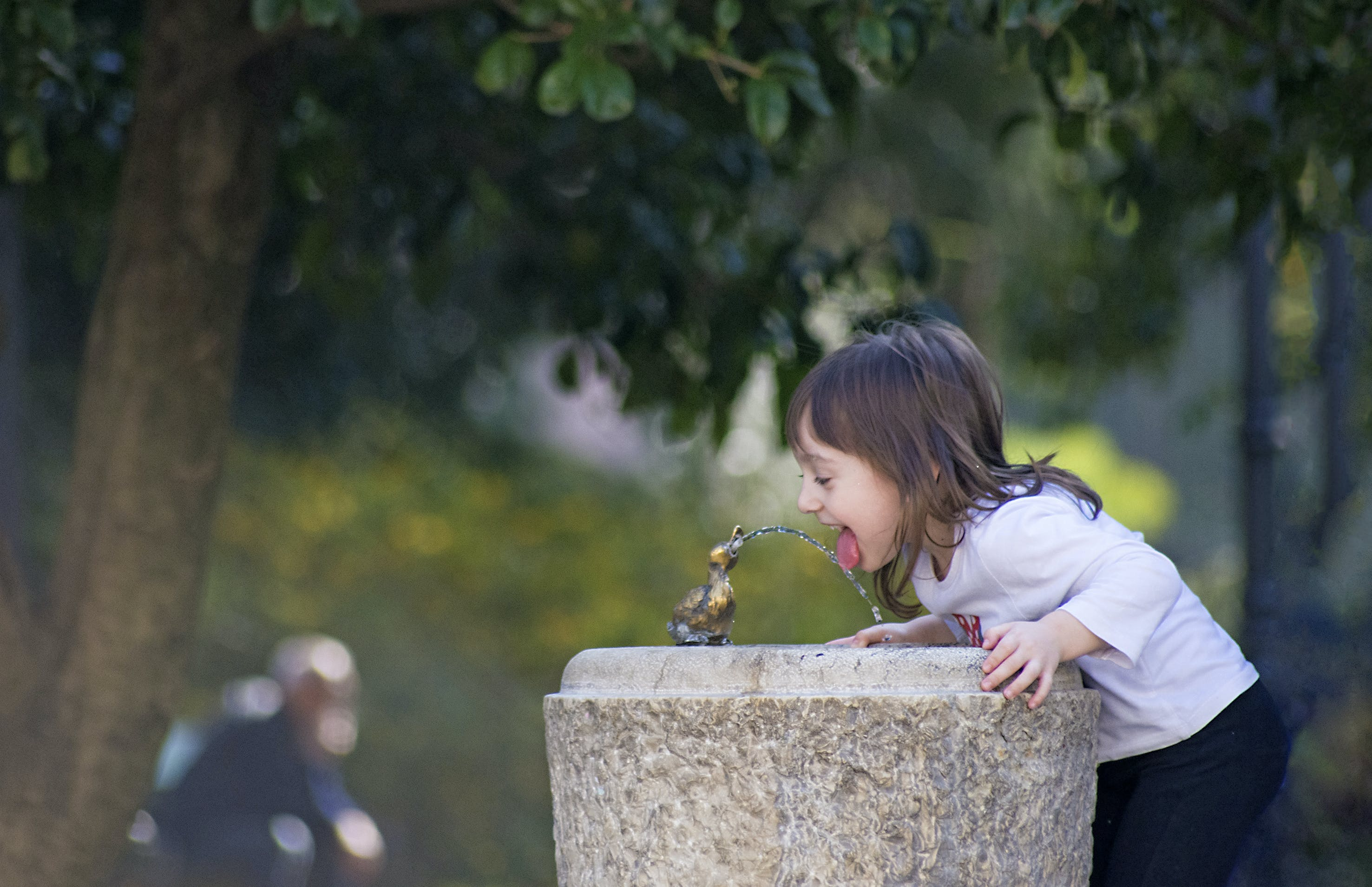drinking water, fountain, girl