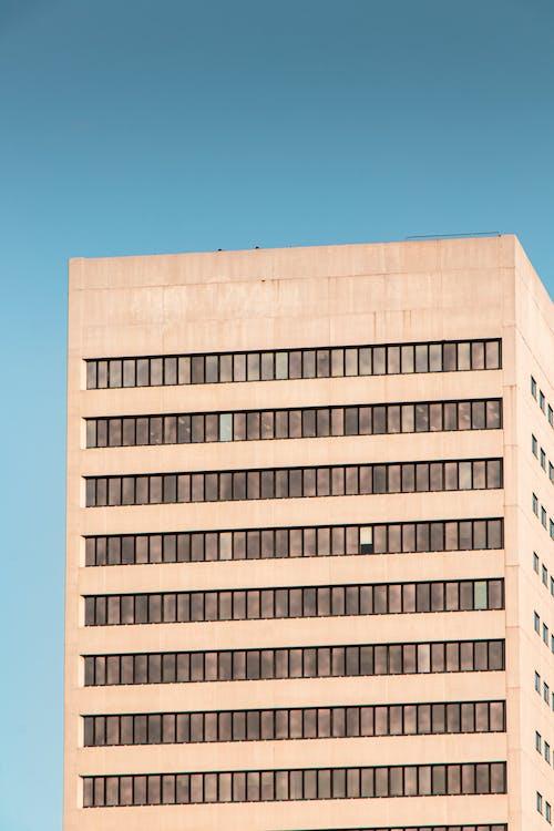 Foto d'estoc gratuïta de cel, dia, edifici, edifici d'oficines