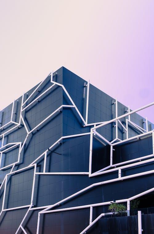 Edificio Architettonico Su Low Angel Shot