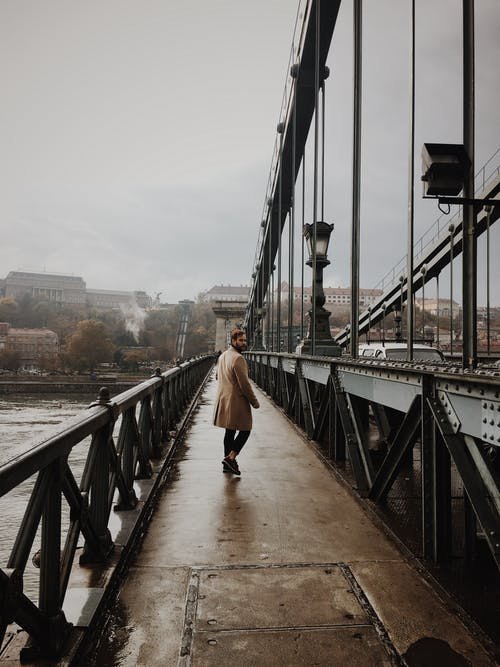 Foto stok gratis Arsitektur, berjalan, Budapest, dewasa