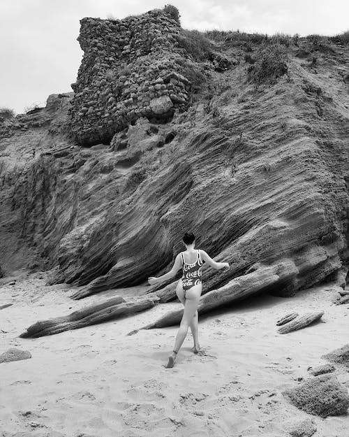 Gratis lagerfoto af badedragt, bikini, bjerg, krop