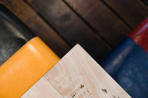 Kostnadsfri bild av brun, design, färger, hårt träslag