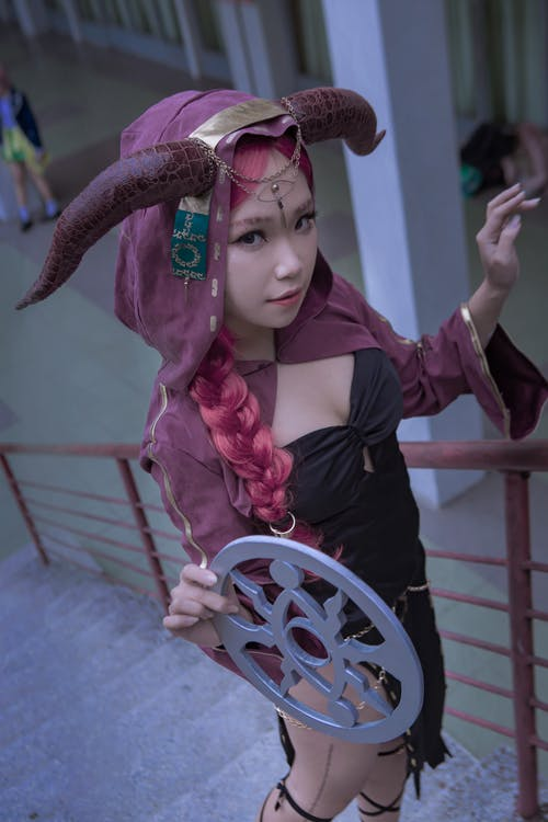 Бесплатное стоковое фото с косплей, костюмированная игра, личность v