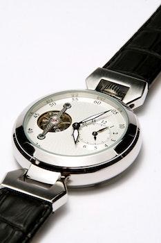 Free stock photo of wristwatch, luxury, time, chrome