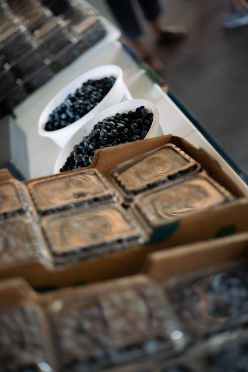 Free stock photo of blueberries, farmer's market, farmers, fresh vegetable