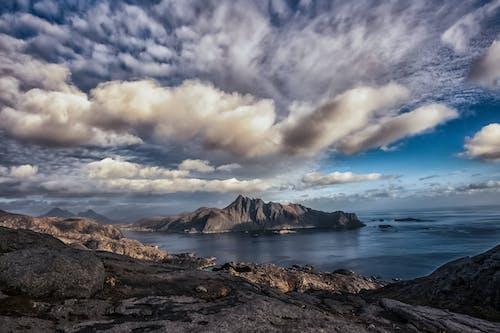 Gratis stockfoto met avontuur, berg, bergen, buitenshuis