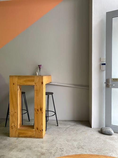 Ilmainen kuvapankkikuva tunnisteilla asunto, avoin ovi, huone