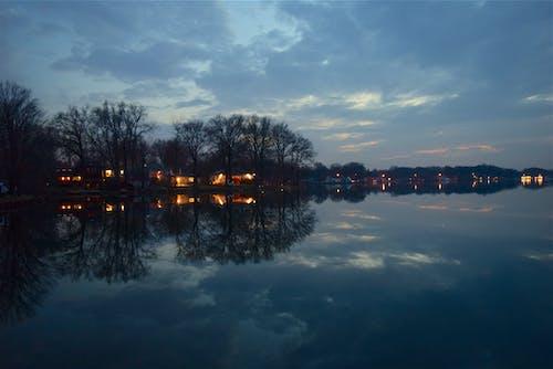 Gratis lagerfoto af aften, blå, fredelig, himmel