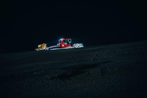 Immagine gratuita di fare snowboard, gatto delle nevi, inter, luci