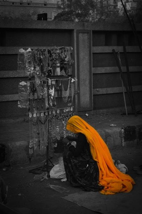 Fotos de stock gratuitas de amarillo, chica, colores en india
