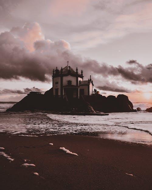 건축, 경치, 교회, 구름 하늘의 무료 스톡 사진