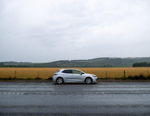 Ilmainen kuvapankkikuva tunnisteilla ajaa, ajoneuvo, ajoradat, ajorata