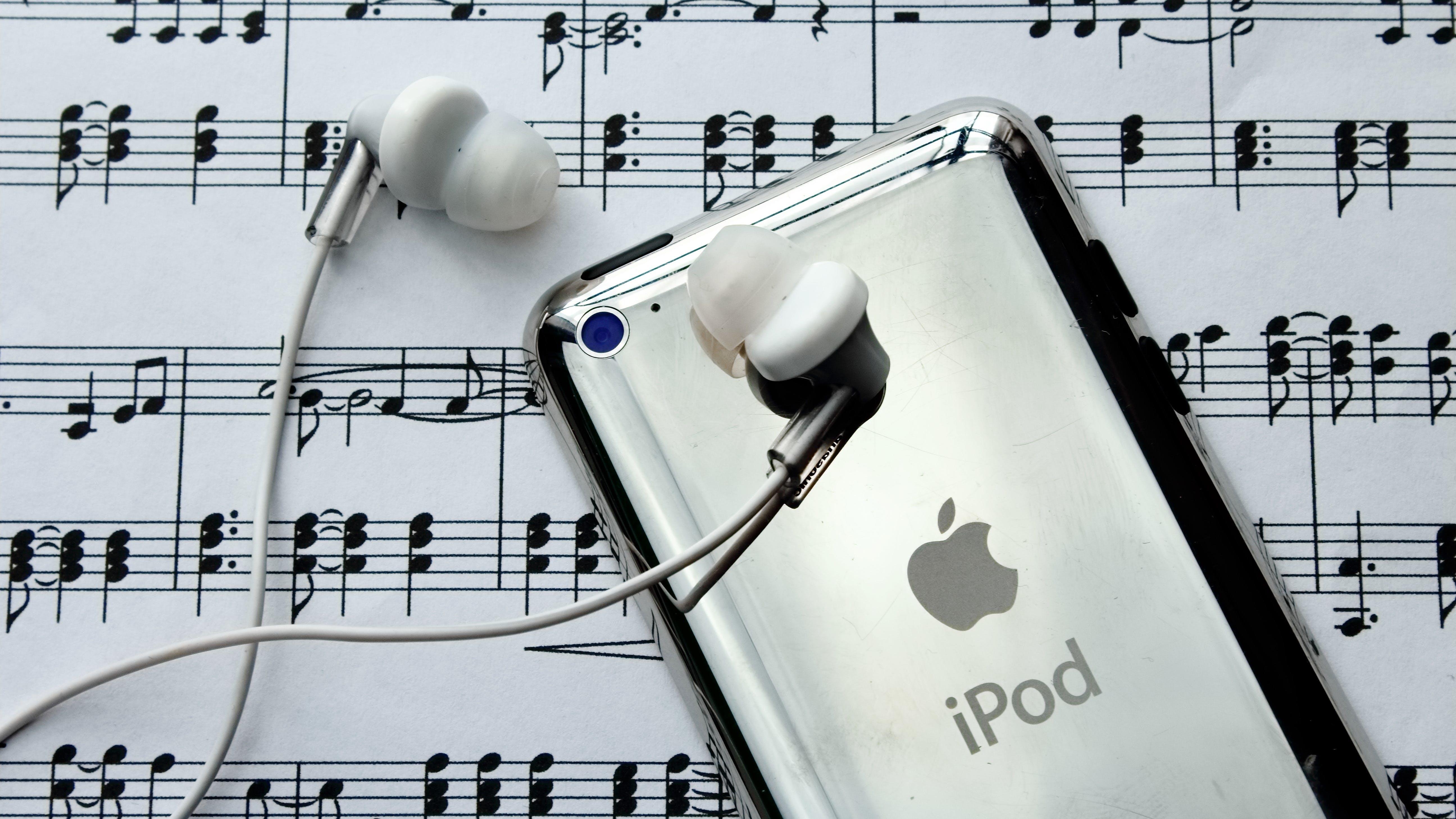 Free stock photo of clef, compose, freedom, headphones