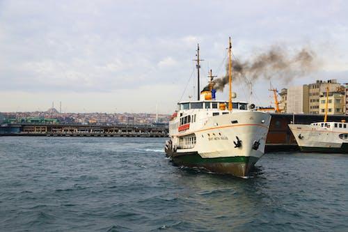 Free stock photo of Istanbul, vaporetto, wooden pier