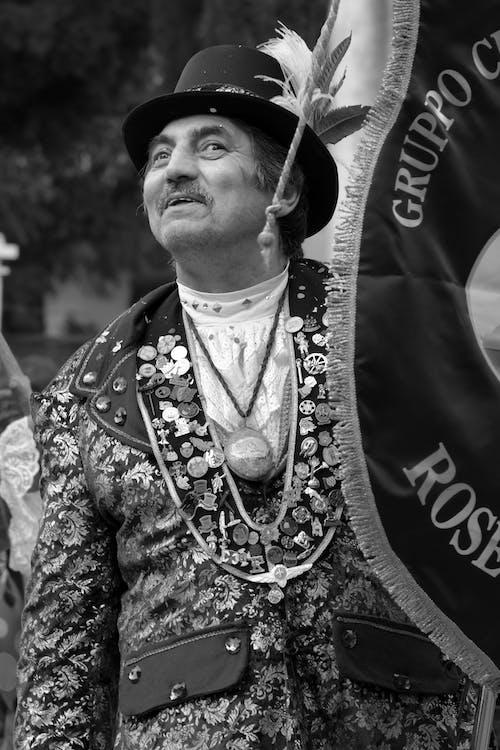Kostnadsfri bild av gammal man, italiensk man, karneval, kostym