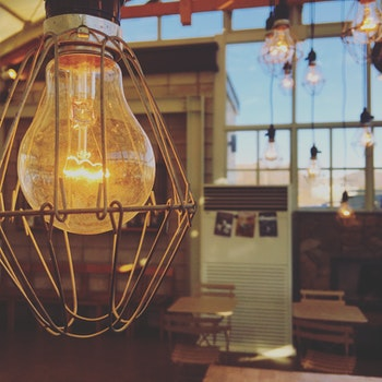 Free stock photo of café, architecture, light bulb, tables