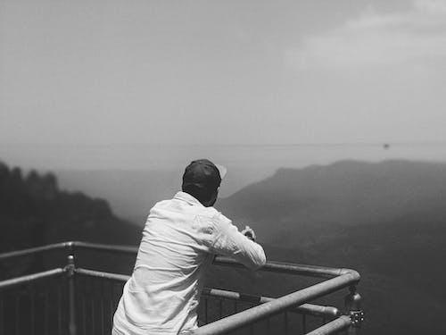 Gratis lagerfoto af bjerge, malerisk, mand, natur
