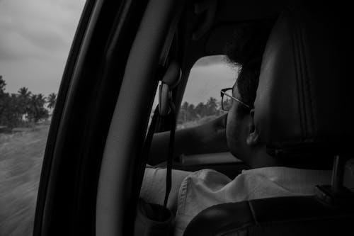 Foto d'estoc gratuïta de asiàtics, blanc i negre, cotxe, fotografia de viatges
