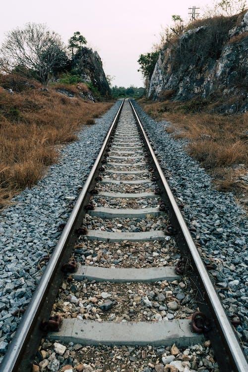 Fotos de stock gratuitas de barandilla, ferrocarril, Kanchanaburi, rocas de montaña