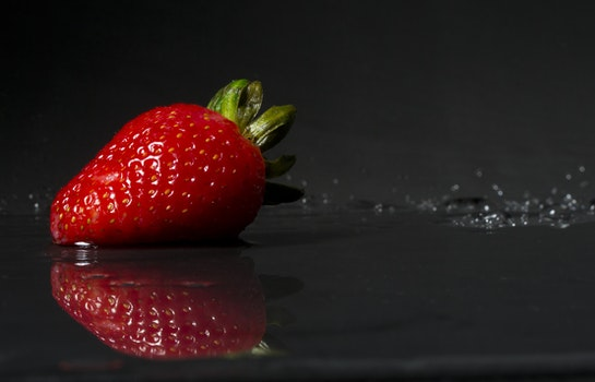 Free stock photo of food, red, wet, reflection