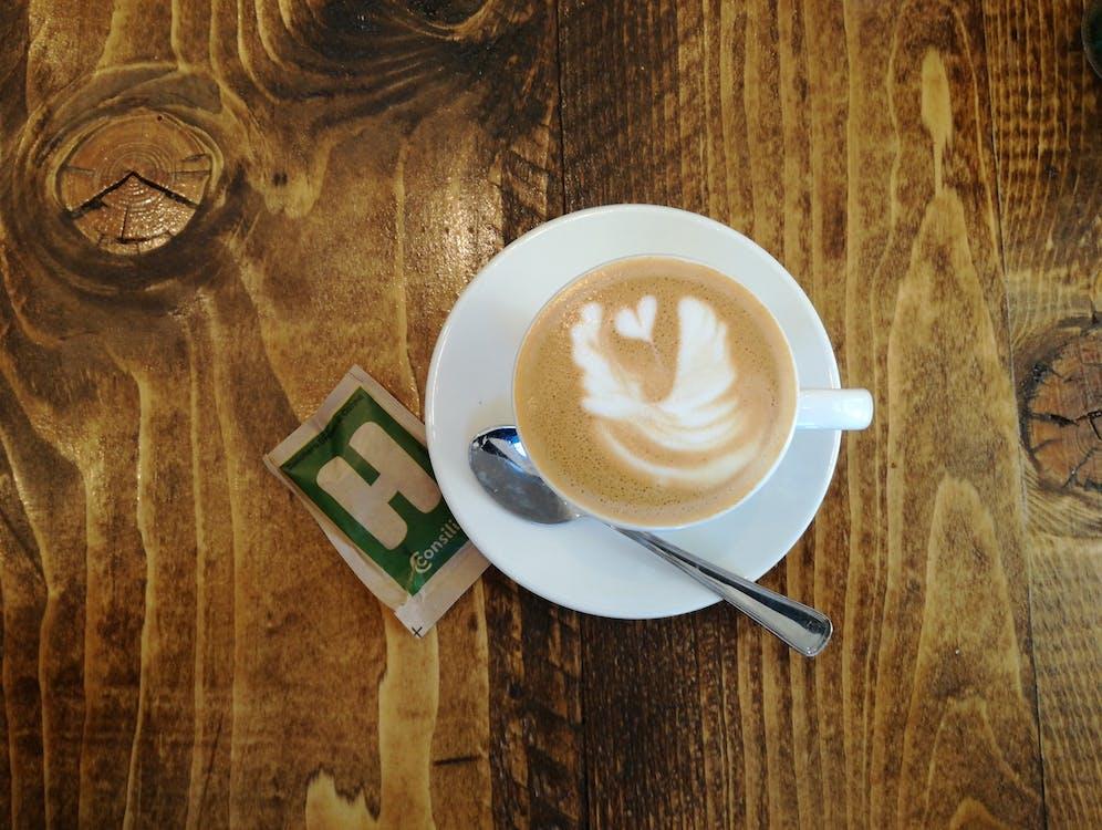 caffè latte art, design, dřevěný