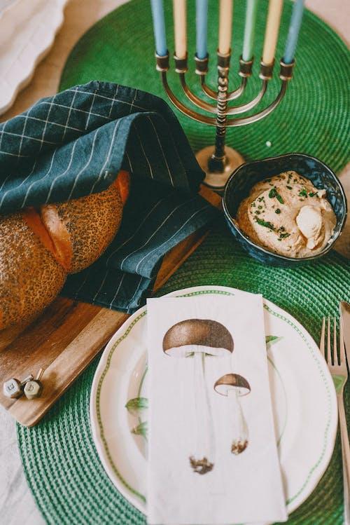 Základová fotografie zdarma na téma challah, chleba, dreidel, hanukkah