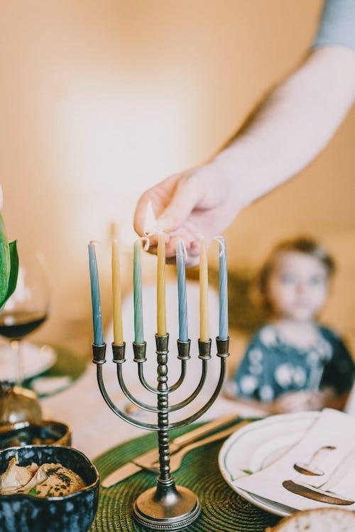 Foto d'estoc gratuïta de adult, cuina jueva, cultura jueva, emparellat