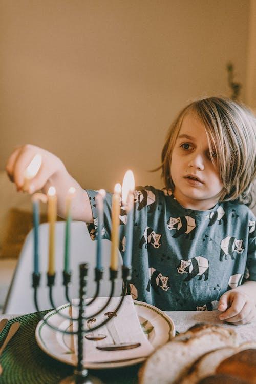 Niño, Iluminación, Menorá