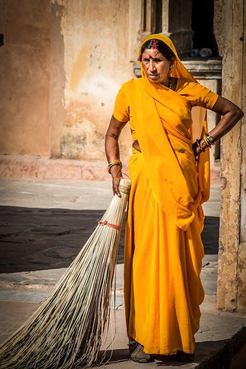 Immagine gratuita di abiti, abito, donna, india