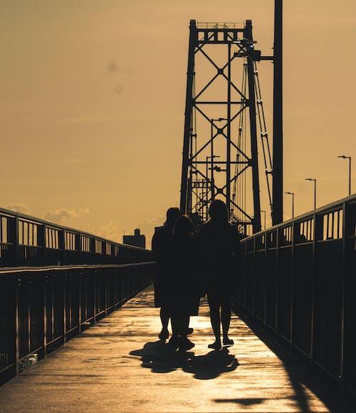 Foto stok gratis berjalan keluarga, brasil, brazil
