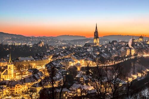 Immagine gratuita di alba, architettura, capitale, castello