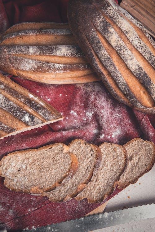 Darmowe zdjęcie z galerii z apetyczny, bochenek, chleb, delikatesy