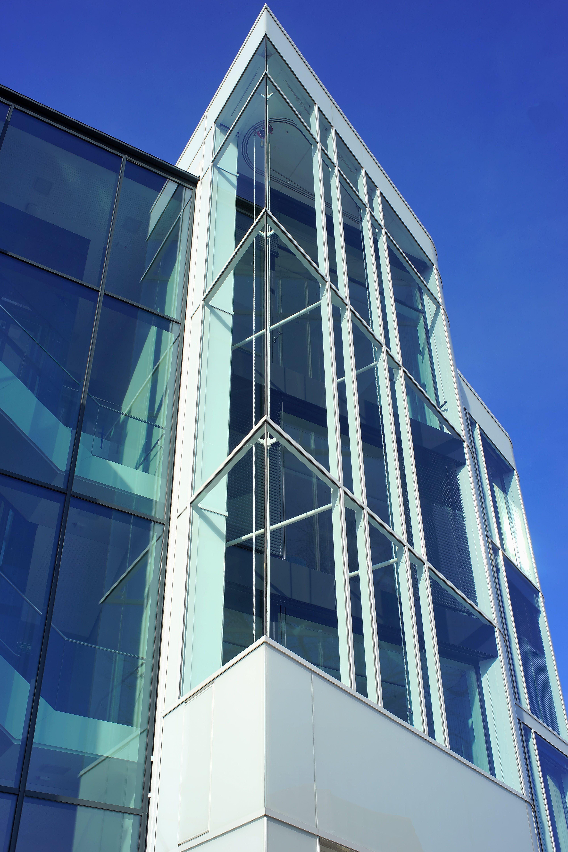 Darmowe zdjęcie z galerii z apartament, architektura, budowa, budynek