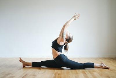 1000 beautiful yoga photos · pexels · free stock photos