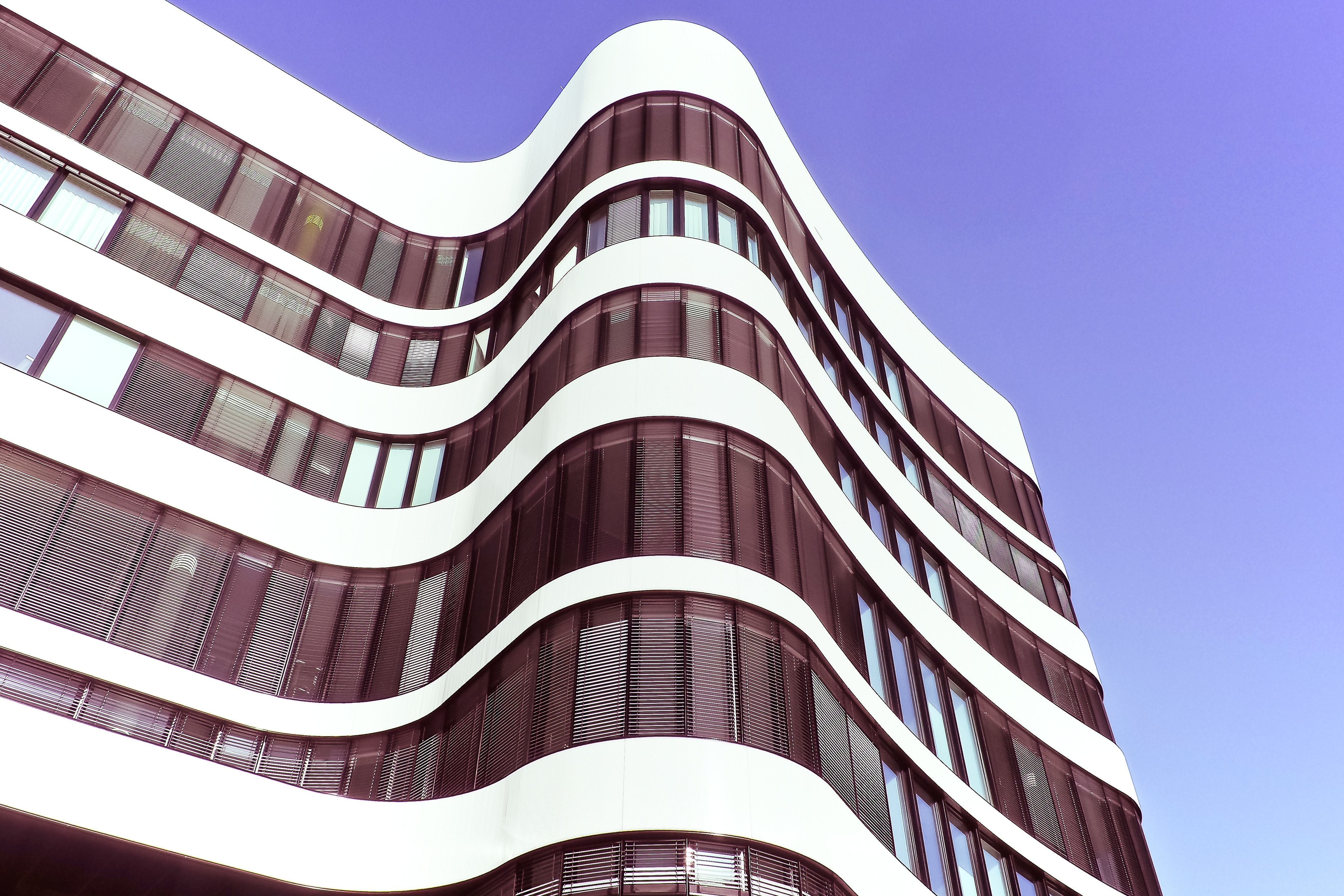 Low angle photography of high rise building free stock photo for Design architettura