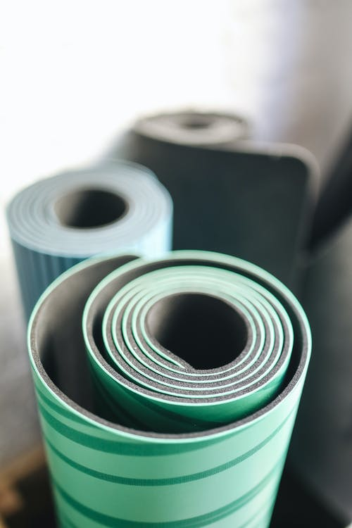 Ingyenes stockfotó jóga, jóga szőnyegek, közeli, sportfelszerelés témában