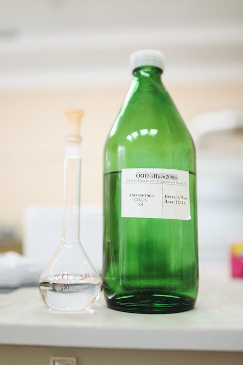 Бесплатное стоковое фото с бутылка, контейнер, лаборатория, наука