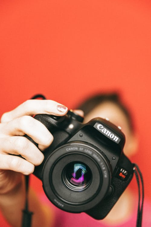Free stock photo of camera, finger, focus
