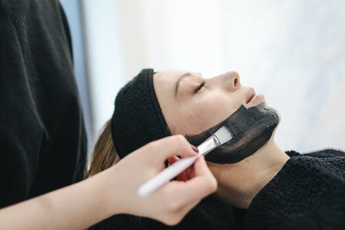 女人有面部護理