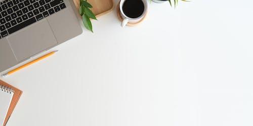 Darmowe zdjęcie z galerii z abstrakcyjny, biały, biurko, biznes